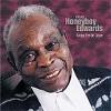Honeyboy Edwards - Shake 'Em On Down